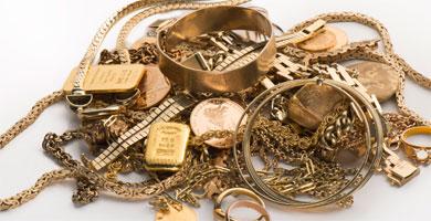 Mit dem Familienschmuck zum Goldhändler