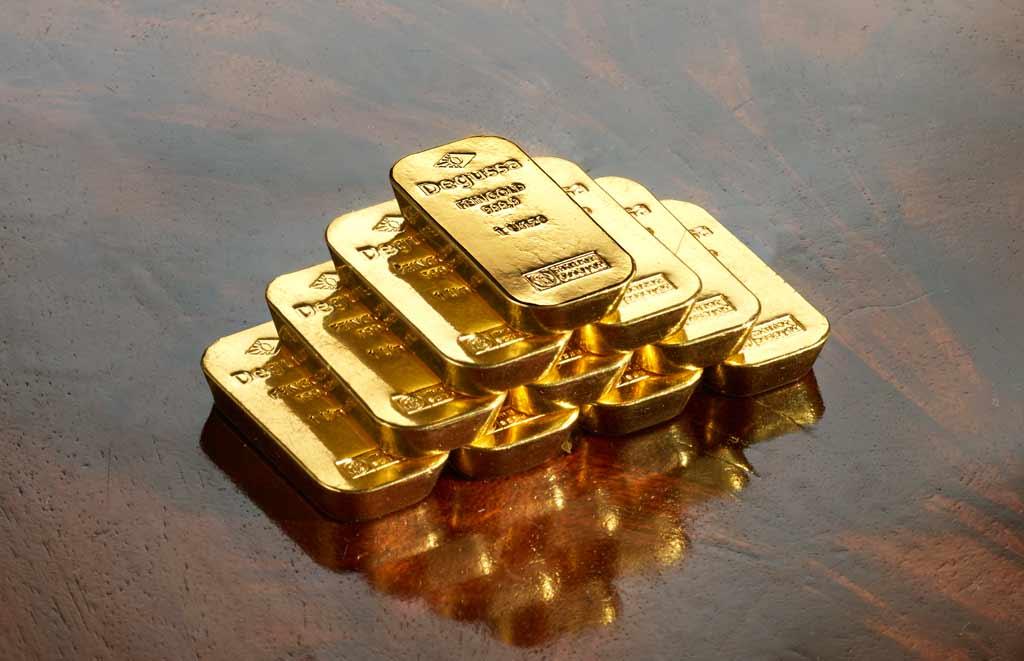 Degussa-Goldhandel-Goldbarren-pyramide