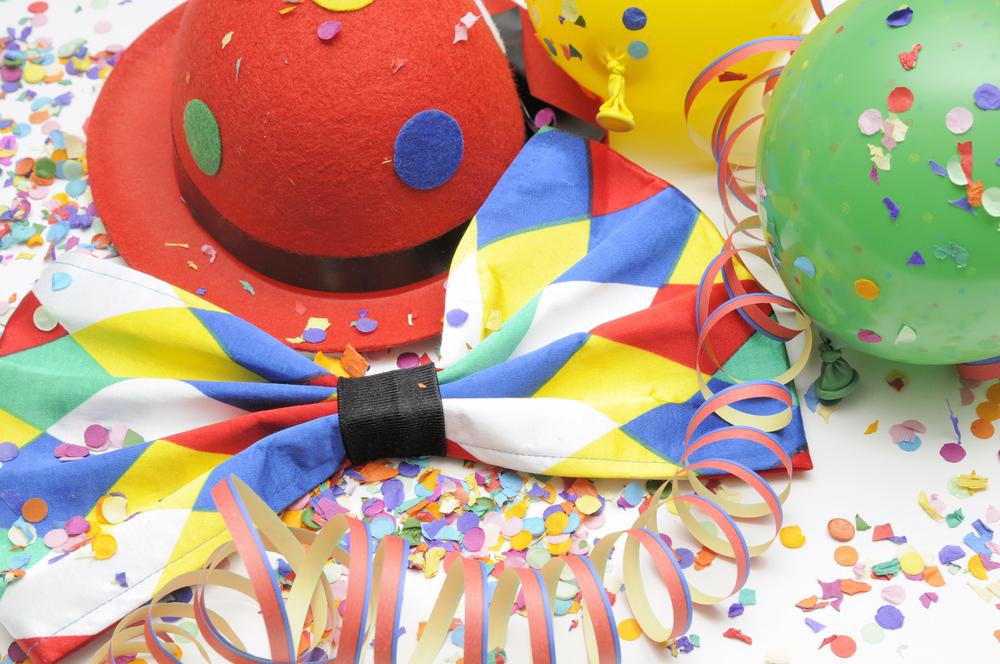 Unsere ffnungszeiten zu karneval fastnacht fasching und wegen bauma nahmen degussa goldhandel - Karneval bastelideen ...