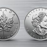 Zwei Platinmünzen mit Prägung